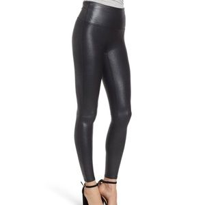 SPANX Pebbled Faux Leather Leggings in Pebble Grey